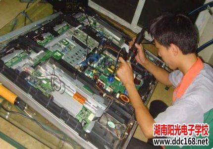 液晶电视+空调维修实战班